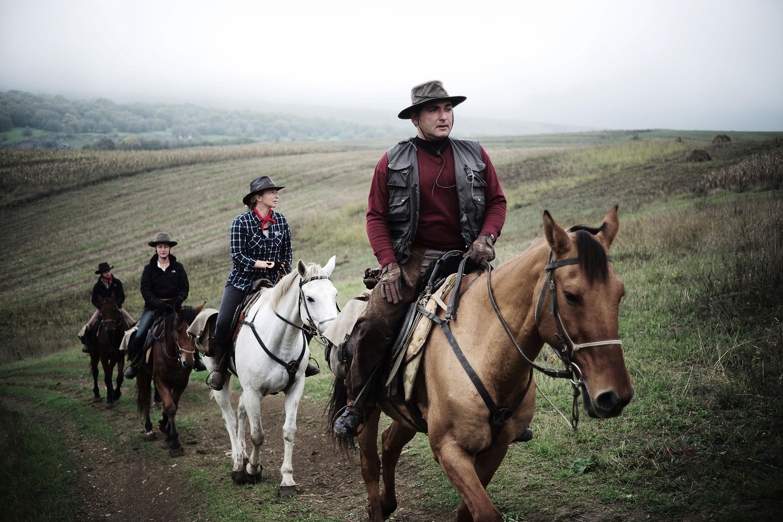 Riding high 1843 for Where to go horseback riding near me